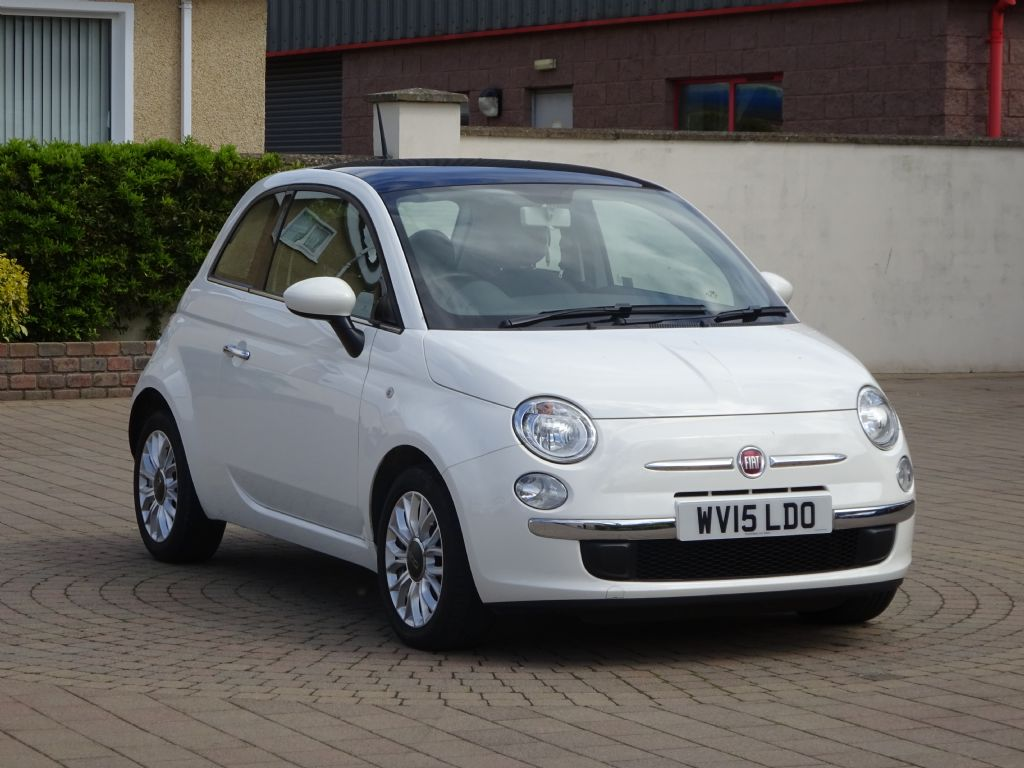 Fiat 500 1.2 Lounge, £30 Road tax, Alloys, Panoramic sun-roof