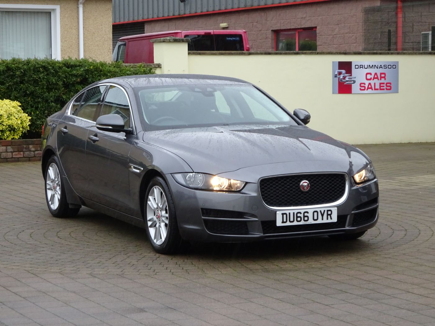 Jaguar XE Prestige 2.0 D Auto, Leather seats, Sat nav