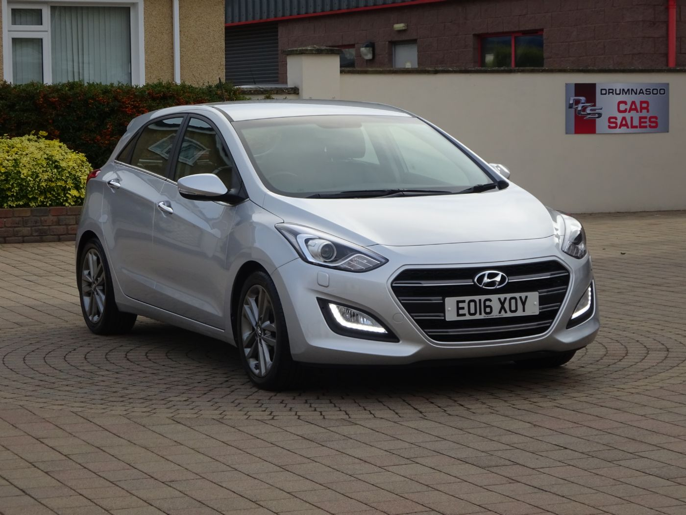 Hyundai I30 1.6 Crdi [136] Premium, Sat nav, Heated leather seats